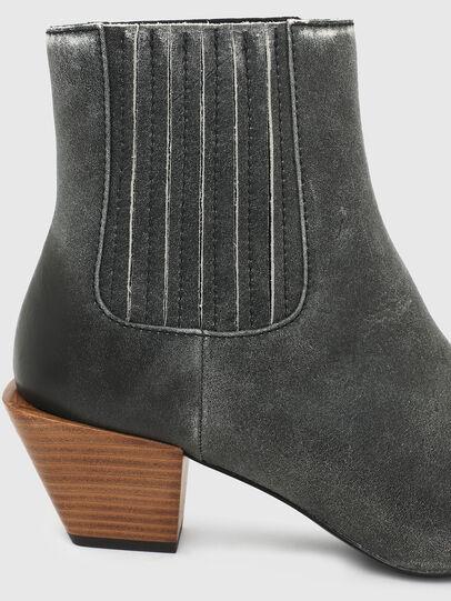 Diesel - D-TEXANNE CH, Dark Green - Ankle Boots - Image 5