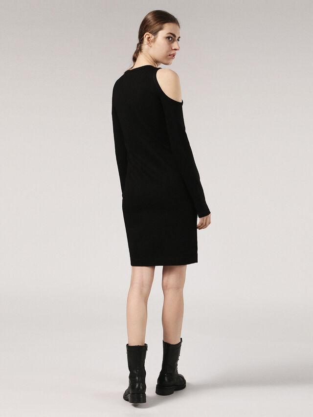 D-CECYL, Opaque Black