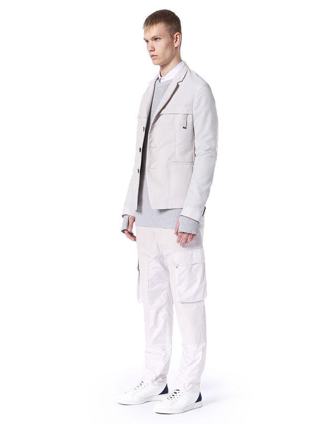 S18ZERO, White