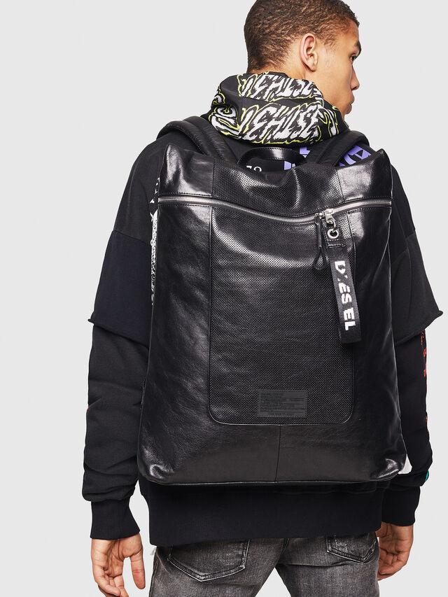 Diesel - L-TOLLE BACK, Black - Shopping and Shoulder Bags - Image 6