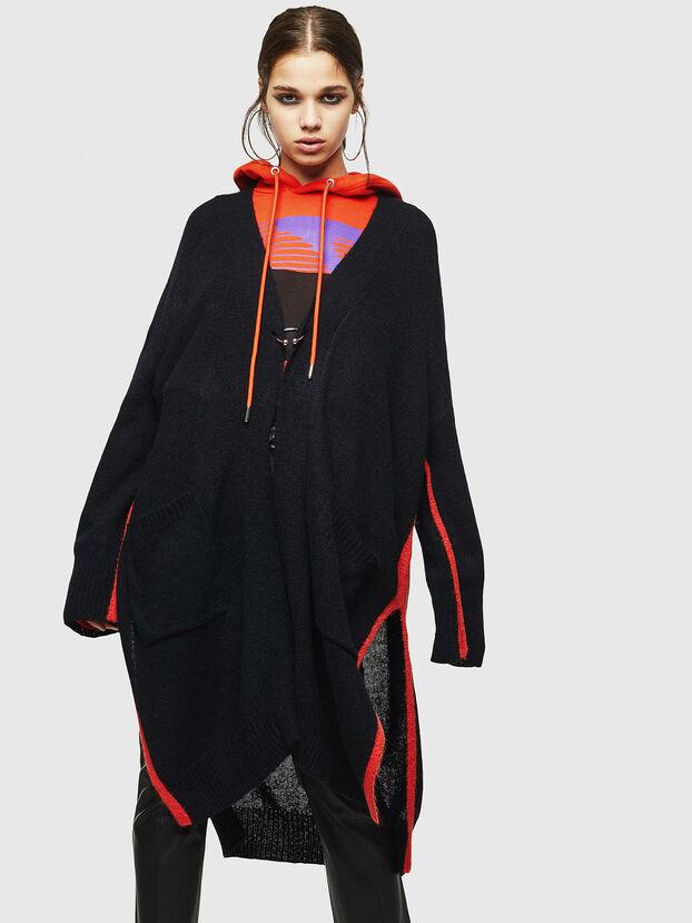 M-SURI, Black/Red - Knitwear