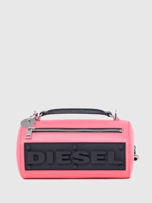 https://ee.diesel.com/dw/image/v2/BBLG_PRD/on/demandware.static/-/Sites-diesel-master-catalog/default/dw9909a43c/images/large/X07577_P2809_T4210_O.jpg?sw=306&sh=408