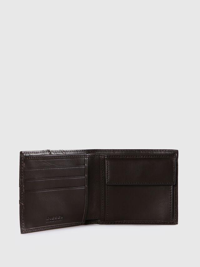 Diesel HIRESH S, Dark Brown - Small Wallets - Image 3