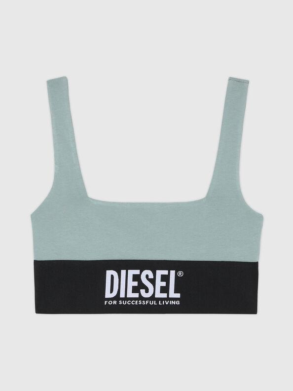 https://ee.diesel.com/dw/image/v2/BBLG_PRD/on/demandware.static/-/Sites-diesel-master-catalog/default/dwcdeba2e1/images/large/A01952_0DCAI_5BQ_O.jpg?sw=594&sh=792