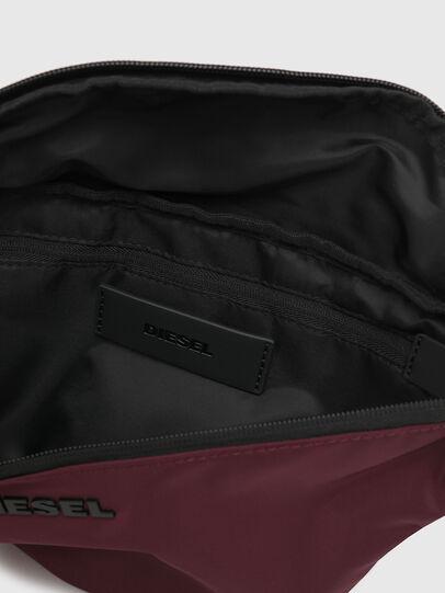 Diesel - F-SUSE BELT DM, Bordeaux - Belt bags - Image 4