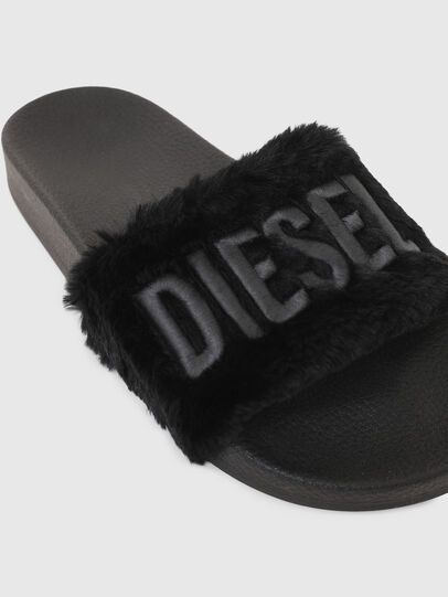 Diesel - SA-VALLA R W, Black - Slippers - Image 4