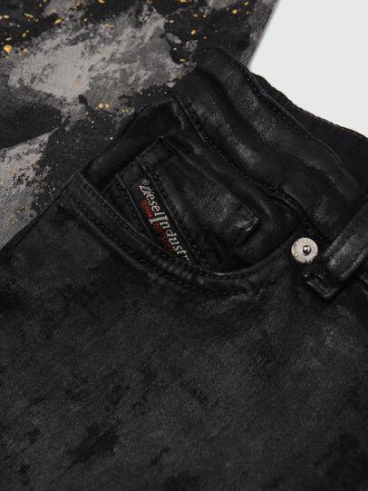 Diesel - SKINZEE-LOW-J JOGGJEANS-N,  - Jeans - Image 3